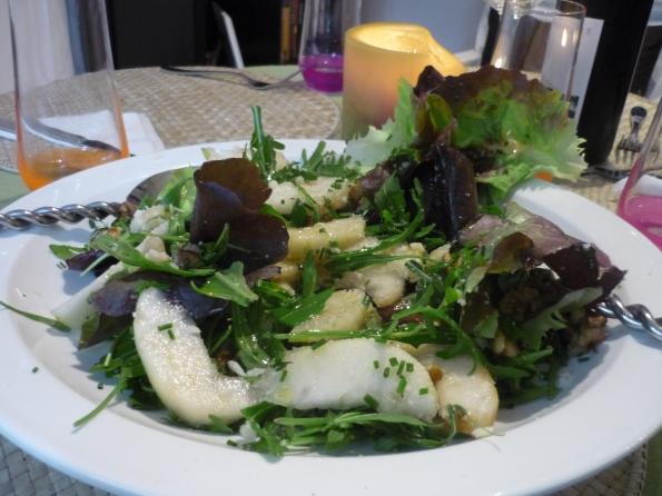 Rocket, parmesan and pear salad