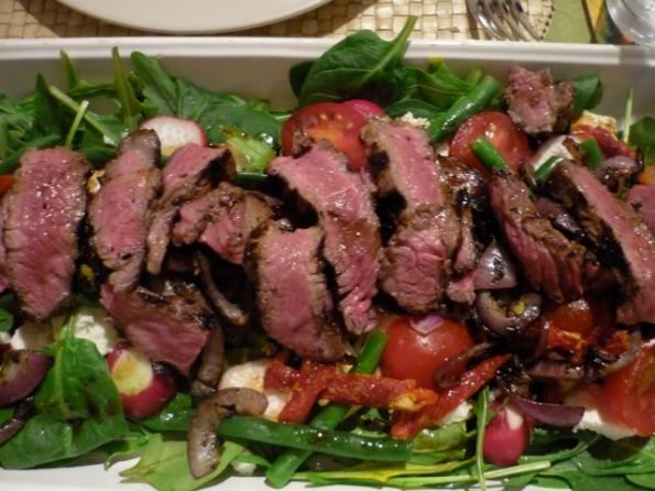 BBQ steak salad with feta and beans