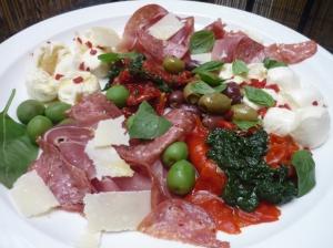 Jamie Oliver's Italian-style antipasti plate