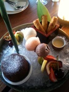 Toko dessert plate